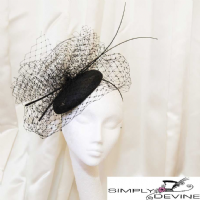 Black pillbox hat fascinator SN1286